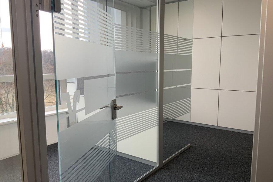 milchglasfolie-glasdekor4-werbetechnik-aschaffenburg-feinschnitt-stockstadt